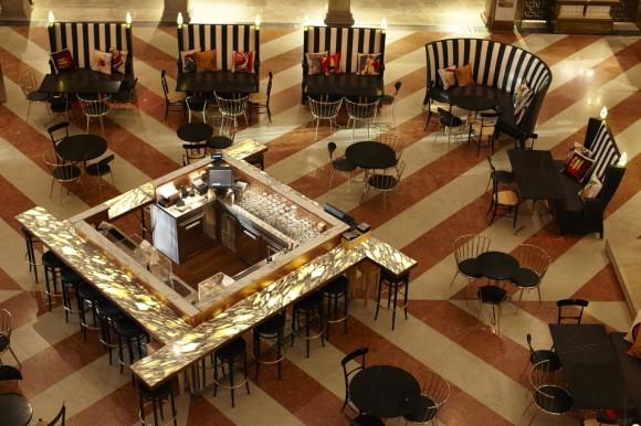 fondaco-dei-tedeschi-venezia-ristorante-amo-philippe-starck-2-958x639